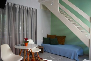 Double Room with Αttic Persiis Alissachni Lounge