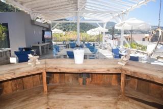 reception bar alissachni area